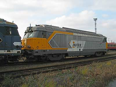 La BB 667210 à Fives-Lille (08/11/2003)